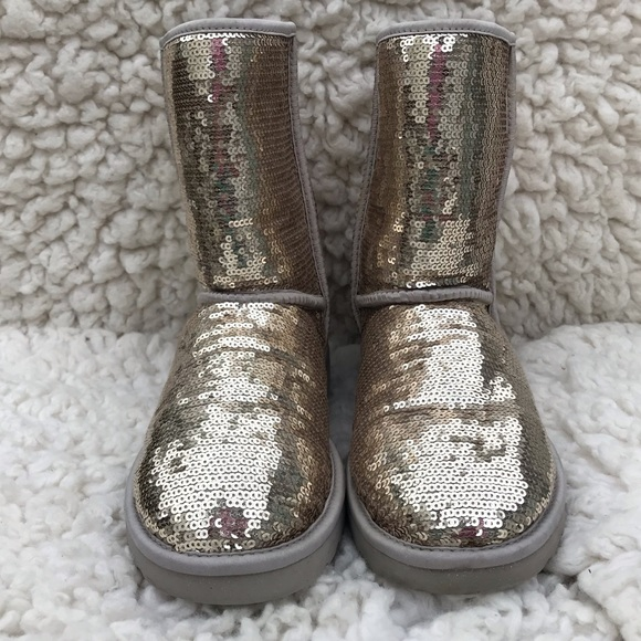 c9791f4564d UGG Classic 3161 Silver Sparkle Sequin Boots 10